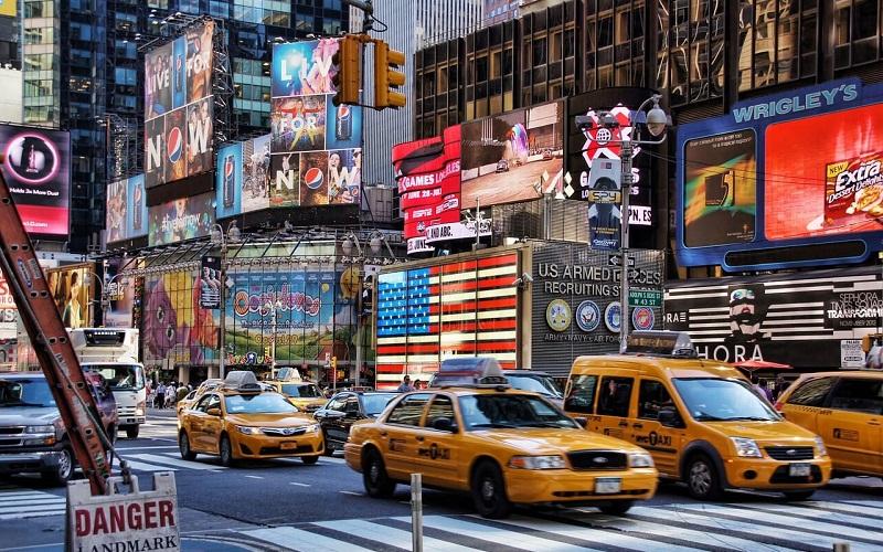 Фото: Бродвей - Достопримечательности Нью-Йорка: ТОП-15