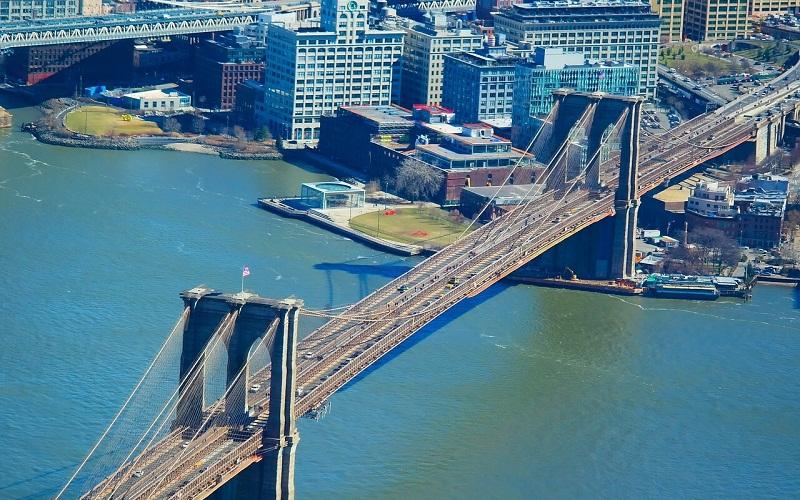 Фото: Бруклинский мост - Достопримечательности Нью-Йорка: ТОП-15