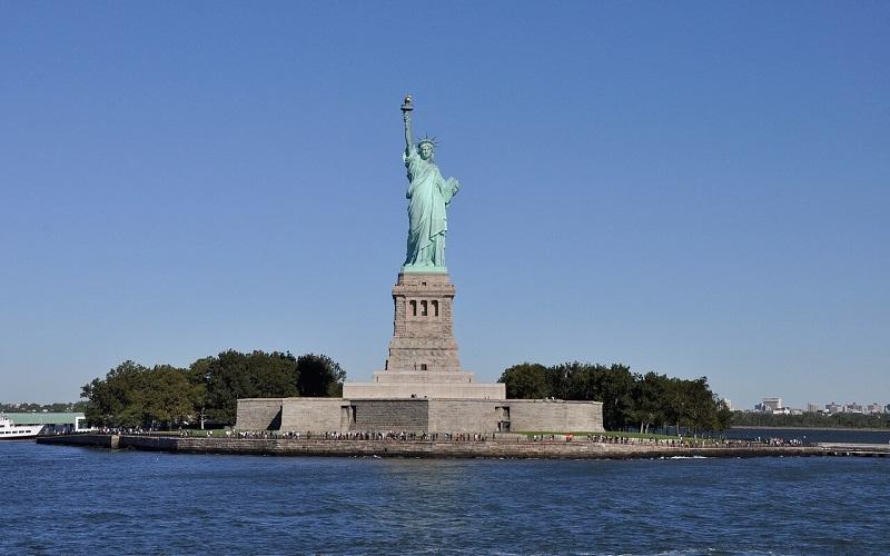 Фото: Статуя Свободы - Достопримечательности Нью-Йорка: ТОП-15