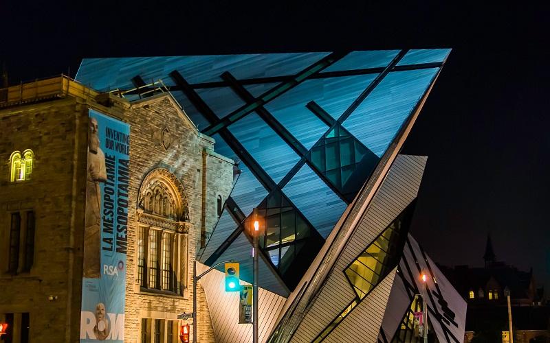 Фото: Королевский музей Онтарио - Достопримечательности Торонто: ТОП-12