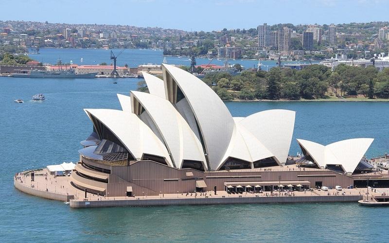 Фото: Сиднейский оперный театр - Достопримечательности Сиднея: ТОП-17