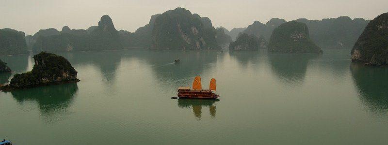 Фото: Бухта Халонг, Вьетнам - обзор, как добраться, лайфхаки