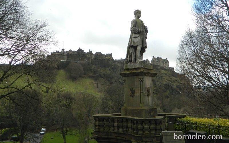Фото: Эдинбург: старинный город-замок