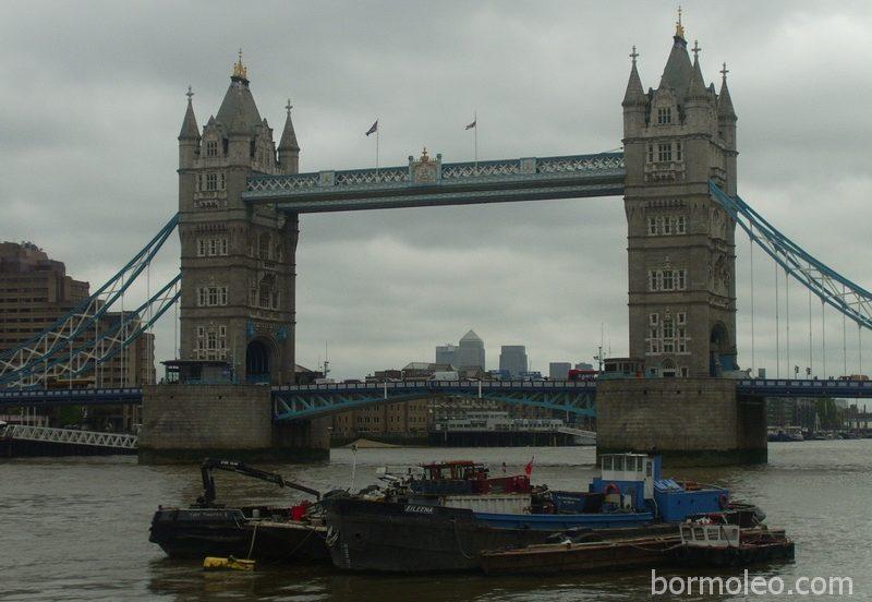 Фото: Лондон (часть 3): Тауэр, Тауэрский мост, Трафальгарская площадь, Пикадилли