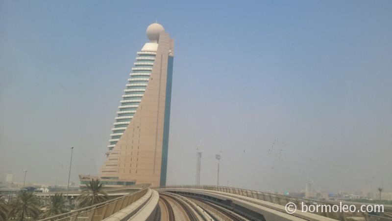 Фото: Поездка на метро Дубая
